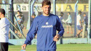 Ramiro Costa se sumó hace poco a la Crema tras haber jugado en Chile y Rumania.