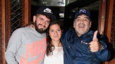 Maradona con sus hijos Jana y Diego Jr.