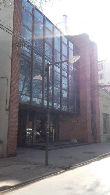 La sede. El edificio Cibelli donde funcionará el juzgado federal.