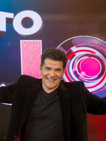 Un conductor con carisma. Julián Weich regresa a la pantalla con un ciclo semanal en la TV Pública, de donde recibió la única propuesta firme.