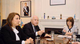 El gobernador participó de un encuentro con la intendenta Fein y la ministra Patricia Bullrich.