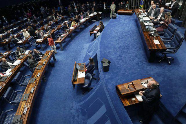 El Senado de Brasil decidió hoy la destitución definitiva de la presidenta Dilma Rousseff.