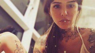 La joven publica imágenes sensuales en las redes sociales.
