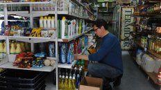 almaceneros advierten que en lo que va del ano ya cerraron unos 30 negocios del macrocentro