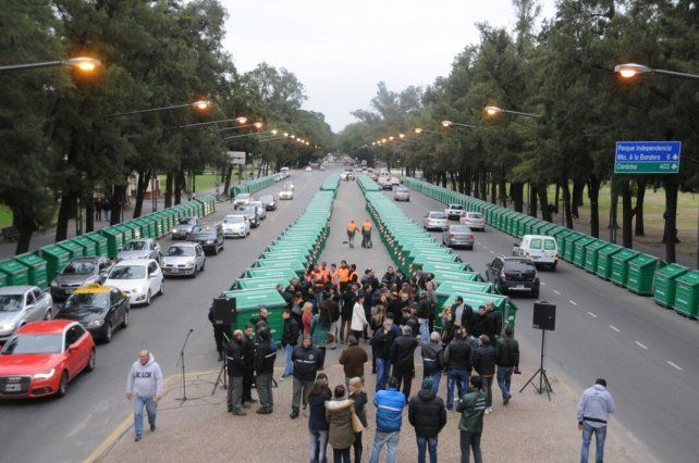 El municipio presentó los nuevos contenedores en un acto realizado en el parque Independencia.