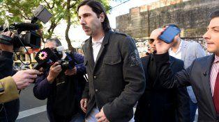 El Gigoló Javier Bazterrica durante una de sus presentaciones en los Tribunales de Rosario.