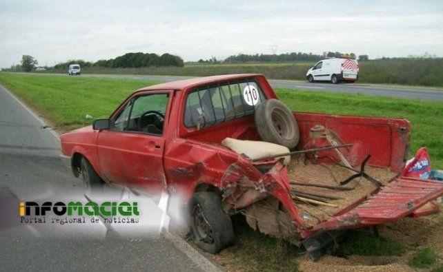 Tres pilotos del Súper TC 2000 se accidentaron en la autopista Rosario - Santa Fe
