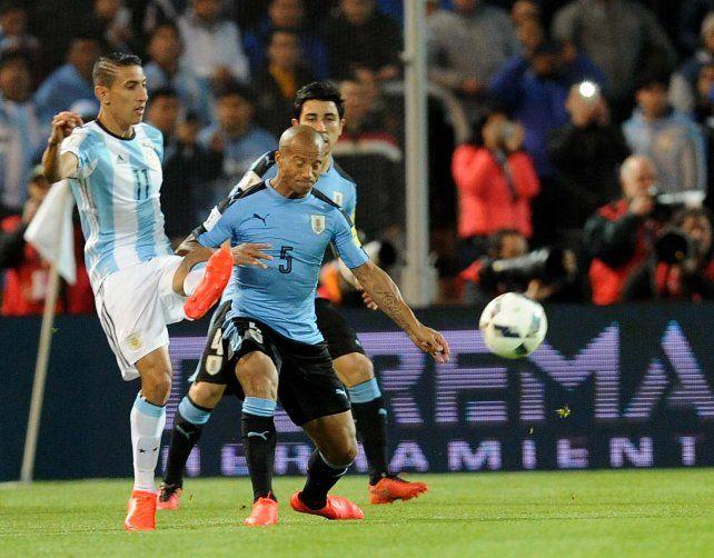 Leo Messi volvió con todo: marcó el 1-0 frente a Uruguay y lo gritó con el alma