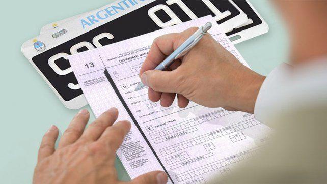 Remarcan que no es obligatorio abonar multas de tránsito impagas para trámites en el Registro Automotor