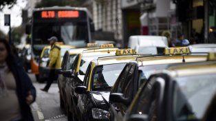 Cuestionamientos. Los taxistas apuntan que la ordenanza representa un impuestazo. Las cámaras están para dar seguridad