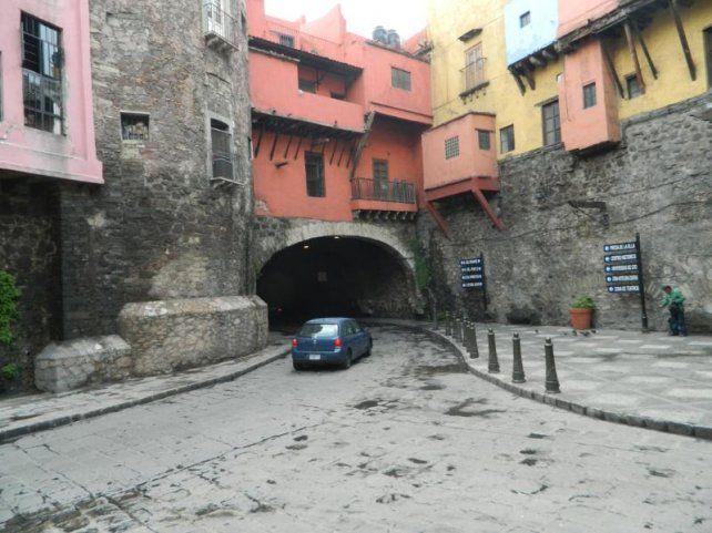 De túneles y callejones a la morbosidad de las momias
