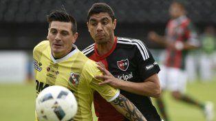 Newells se despidió de la Copa Santa Fe sin convertir goles
