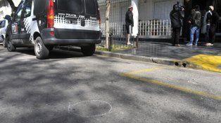 La casa de Claudio Tiki Martínez fue baleada otra vez esta madrugada.