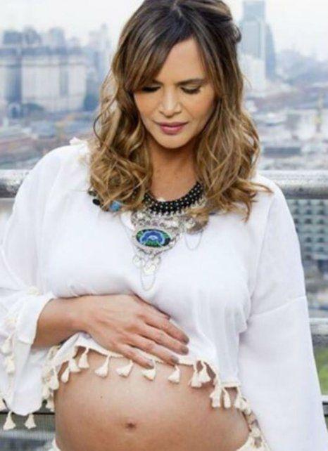 En el peor momento. La crisis llega mientras Amalia se encuentra en el sexto mes de embarazo.