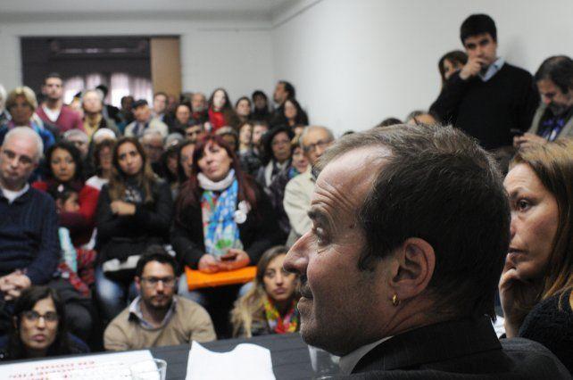 Referentes políticos y sociales respaldaron a Ganón en la sede de la Coad.