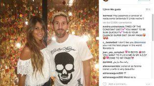 Felices. La foto que colgó La Pulga junto a Antonella en las redes sociales.