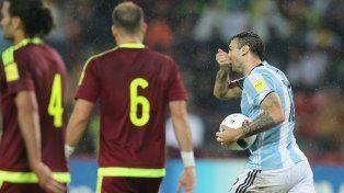 Lucas Pratto marcó el descuento para la Argentina.