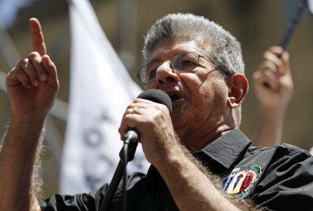 Ramos Allup lamentó que la sala constitucional del TSJ haya tomado por costumbre anular todas las leyes sancionadas por la nueva Asamblea Nacional.