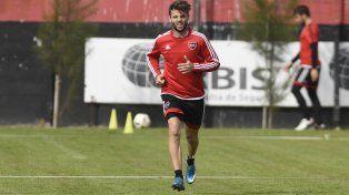 Polifuncional. Juan Ignacio Sills jugaría de volante central el domingo ante Tigre en el Coloso.