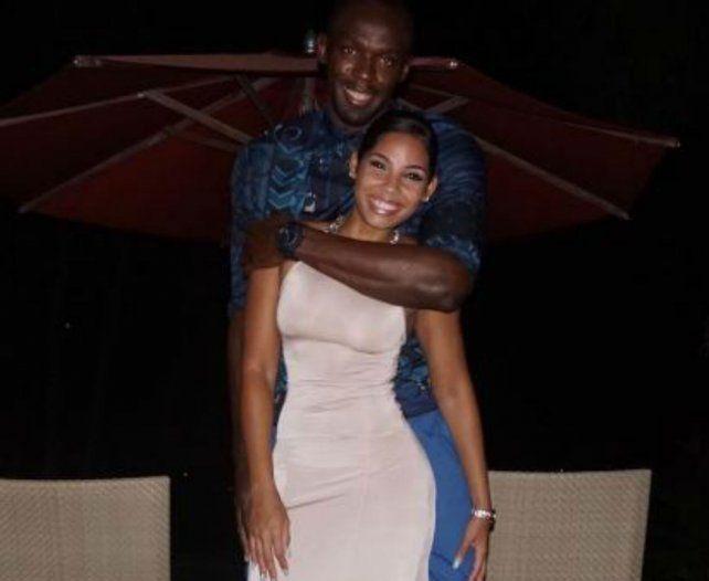 Usain Bolt y Kasi Bennet disfrutan de sus vacaciones juntos y publican fotos en las redes sociales.