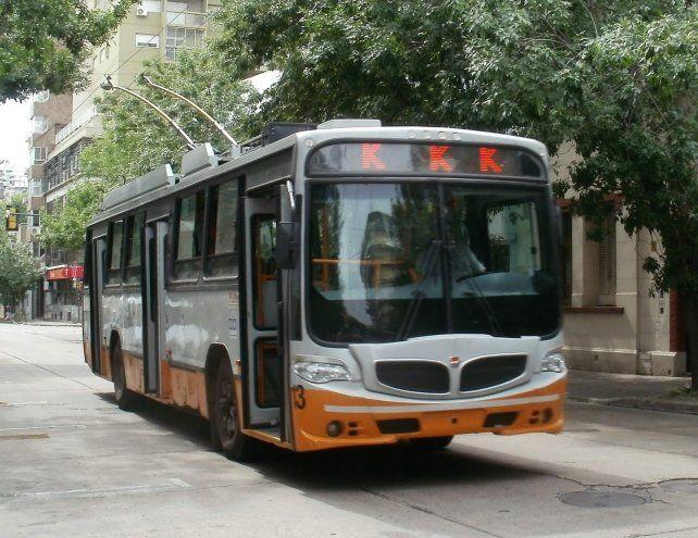 El servicio de trolebuses de la línea K se vio interrumpido en Mendoza e Italia.