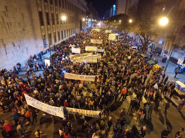 Marcha de la bronca: la manifestación vista desde el aire con el dron de La Capital