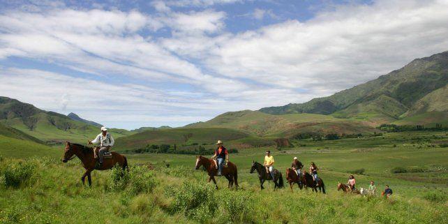 Al trotecito. Las cabalgatas por los cerros calchaquíes