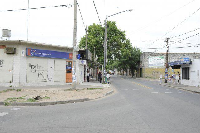 Esquina. Camilo Aldao y Juan José Paso