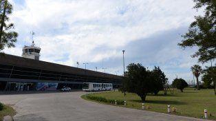 Rodeado de verde. La estación aérea se encuentra enmarcada dentro de una amplia zona rural.