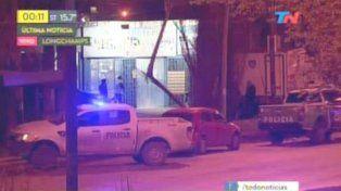 El video del asalto en el que murió un policía que antes abatió a dos delincuentes