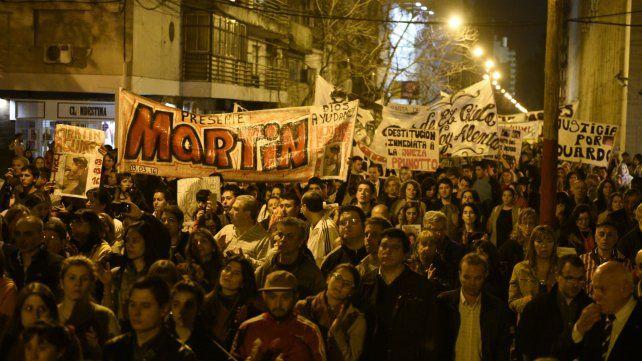 La marcha volvió de anoche volvió a ser multitudinaria.