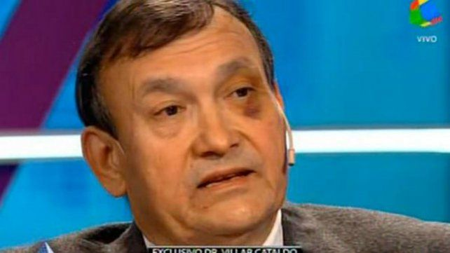 El médico durante la nota que le concedió a Alejandro Fantino en el canal América