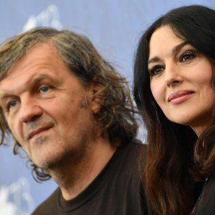 Doble presencia. El director serbio, de estreno tras ocho años de su último filme; Bellucci, su nueva musa.