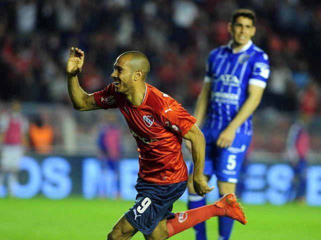 Independiente venció a Godoy Cruz en Avellaneda y sigue en la cima con puntaje ideal