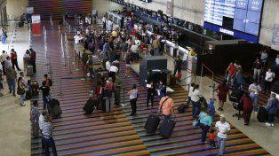 Asfixia. El gobierno apunta hacia el turismo ante la necesidad de divisas.