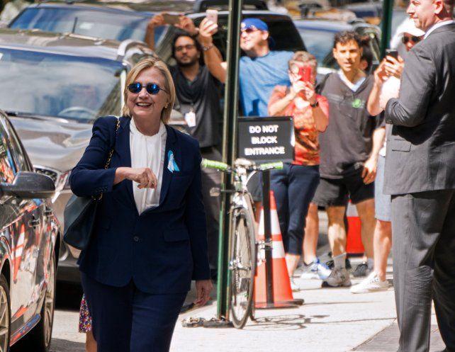 Hillary admitió que sintió un mareo durante los actos del 11S en Nueva York