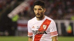 Se fue rápido. El lateral izquierdo Milton Casco jugó apenas 9 minutos en Córdoba.