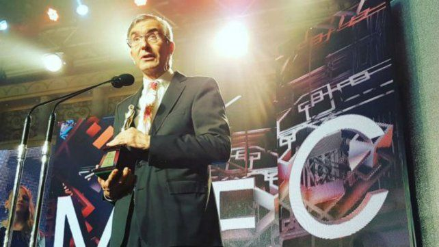 El discurso de Nelson Castro al recibir el premio Martín Fierro de Oro del cable