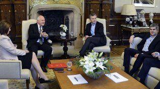 El gobernador Lifschitz junto al presidente Macri y los ministros Peña y Bullrich en la reunión de ayer.