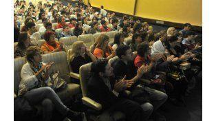 La presentación de los documentales se realizó el martes pasado en la sala de Empleados de Comercio.