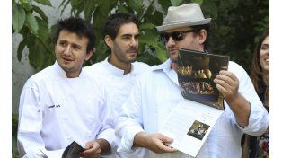 Almanaque. El chef Christophe Krywonis (izq.)