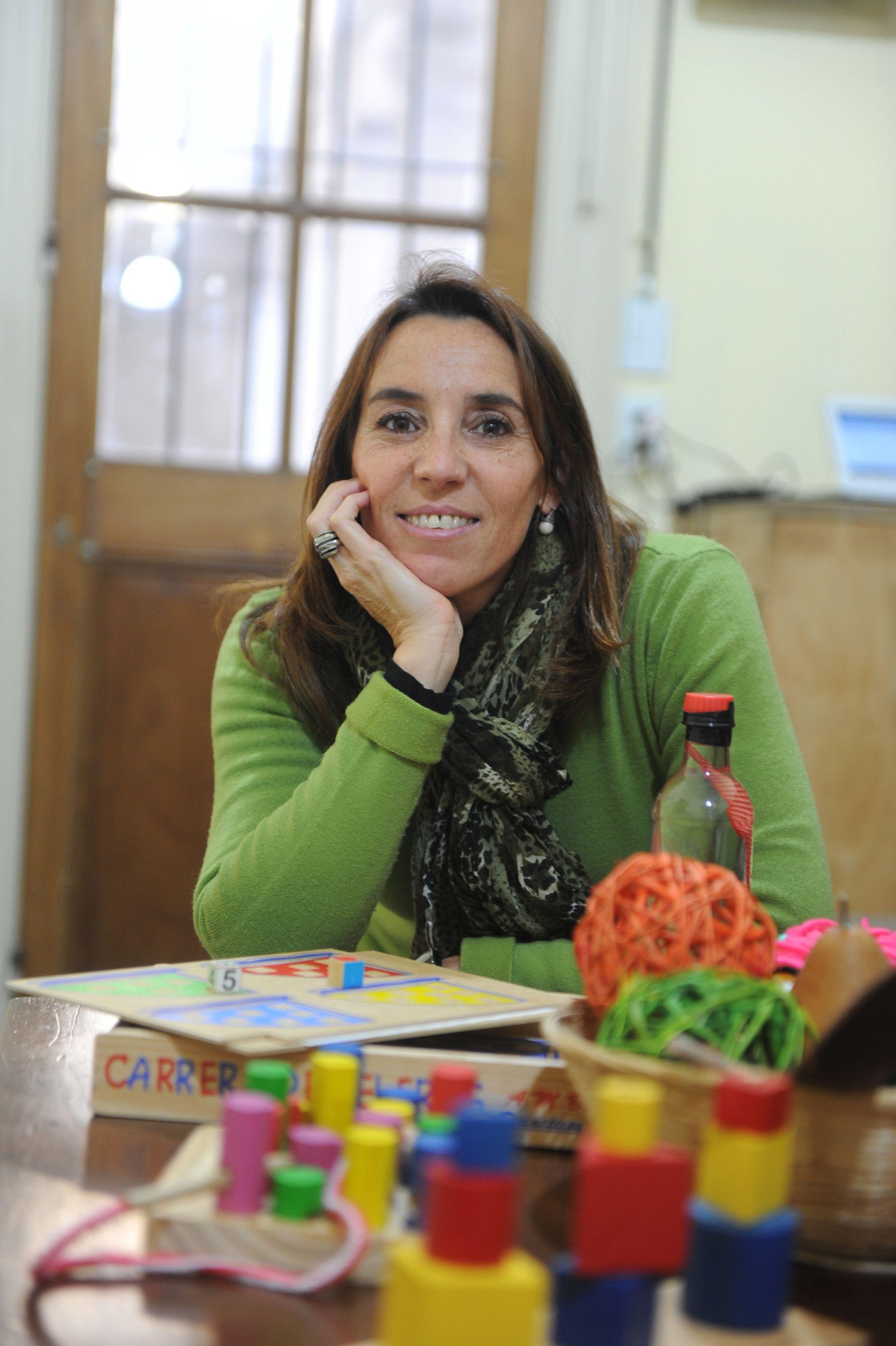 La educadora María Renée Candia defiende el derecho pleno de los chicos a jugar.