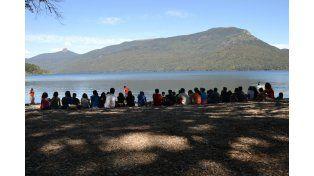 Los campamentos se destinan a docentes y otros profesionales interesados en experimentar la ciencia y la naturaleza.