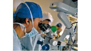 Las consecuencias de la diabetes en la vista pueden resolverse en el quirófano. (Foto: C. Mutti Lovera)