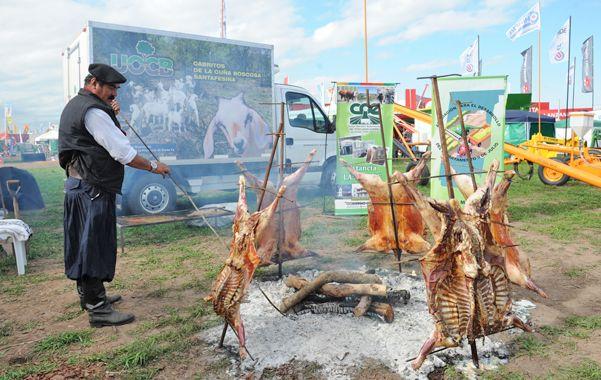 Cabrito de la cuña boscosa. Los productos de la UOCB se presentaron en el stand de Santa Fe en Agroactiva.