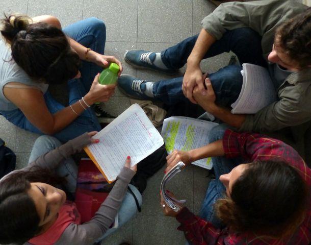 Los profesorados y las tecnicaturas también son elegidos por su ambiente menos rígido y con cursos de menos alumnos. (Foto: A. Amaya)