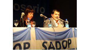 El secretario general del Sadop Rosario y autor del libro