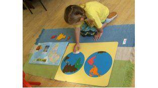 Los niños aprenden a través del juego y según sus propias necesidades.