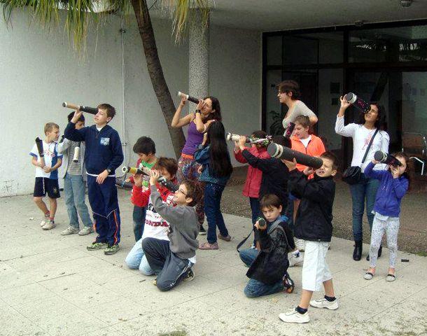 Los talleres invitan a conocer sobre los fenómenos astronómicos.