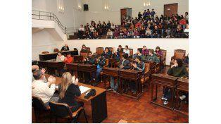 El Concejo se vio colmado el miércoles pasado de estudiantes secundarios.